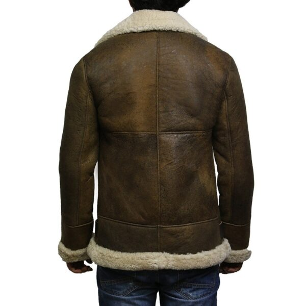 Men's fine and stylish Leather jacket with an antique finish. This leather jacket is an ultimate trendsetter. It comes with a simple and classy design. If you want to look hyp without freezing outside during cold evenings, you need this awe-inspiring leather jacket. It will give you unrivaled comfort and joy.